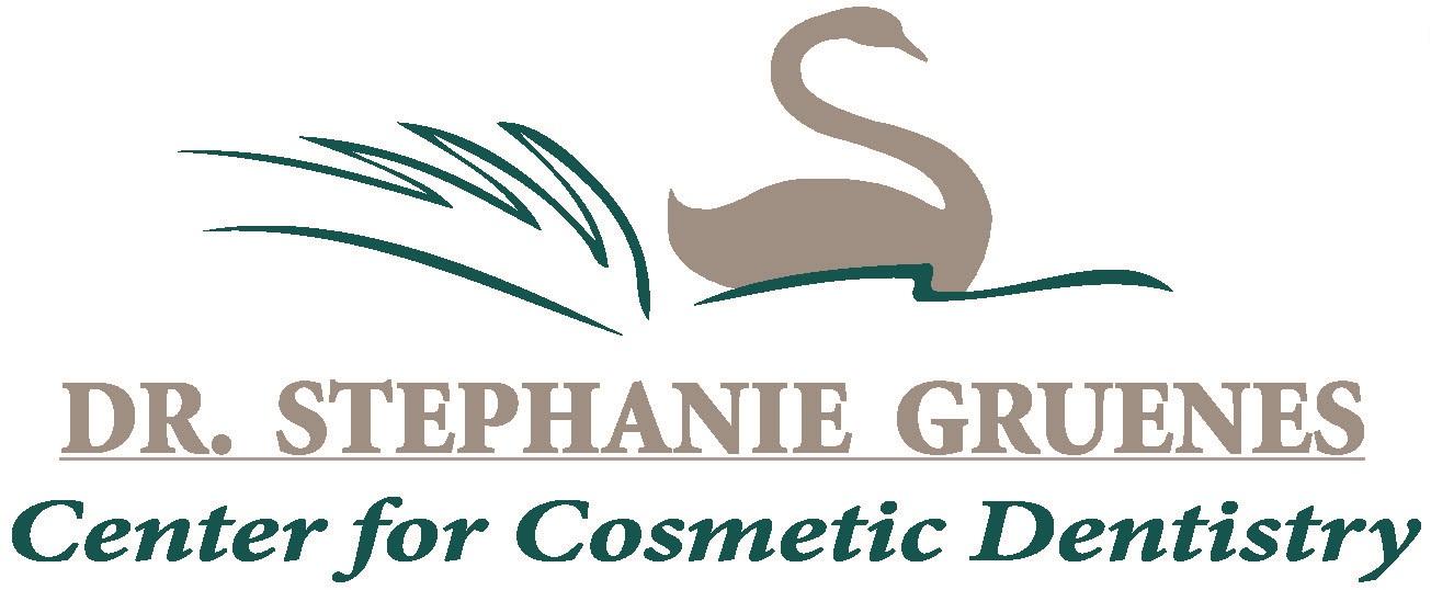 Dr Stephanie Gruenes logo.jpg